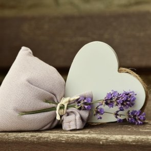 5 Benefits of Lavender Oil for Your Skin, Hair and Overall Health