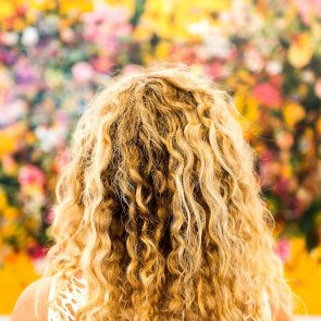 3 Best Oils for Curly Hair