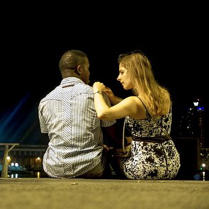 6 Signs You're on a Date, Not Just Hanging Out