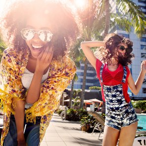7 Reasons to Go to the College Party With Your Friend