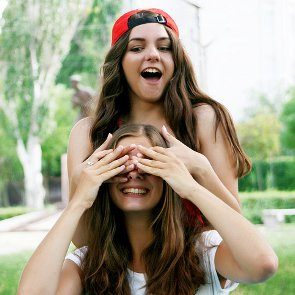 10 Nice Things You Can Do for Your Friend