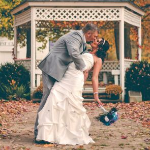 6 Tips for Planning a Backyard Wedding