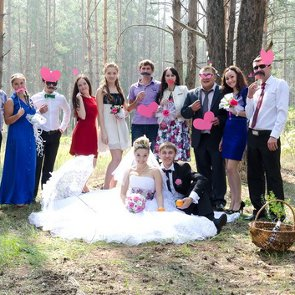 4 Tips for Planning a Wedding With a Mixed-Gender Wedding Party