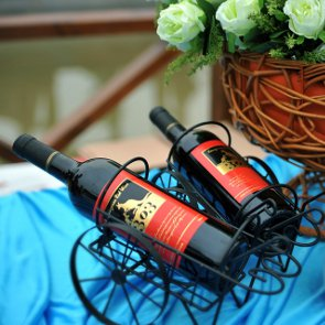 How to Choose Wine For Your Wedding in 4 Simple Steps